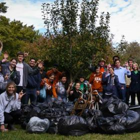 Waller Creek cleanup Fall 2017