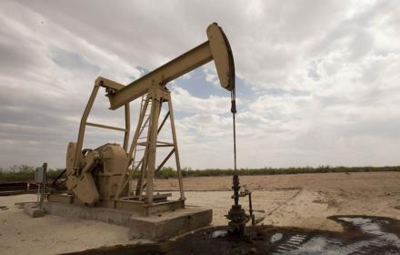 Oil drilling image in Texas Tribune